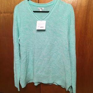 Croft & Barrow XL green Vneck sweater. New